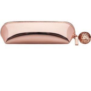 MAC Cosmetic Bag 👄💄💋